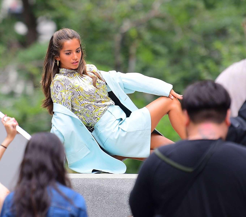 Isabela Moner 2019 : Isabela Moner – Poses for Stylish Photoshoot on the Steps of City Hall-04