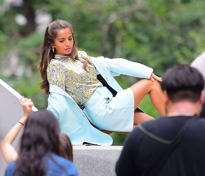 Isabela Moner 2019 : Isabela Moner – Poses for Stylish Photoshoot on the Steps of City Hall-12