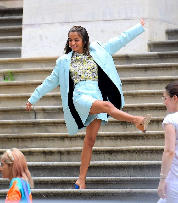Isabela Moner - Poses for Stylish Photoshoot on the Steps of City Hall in NYC
