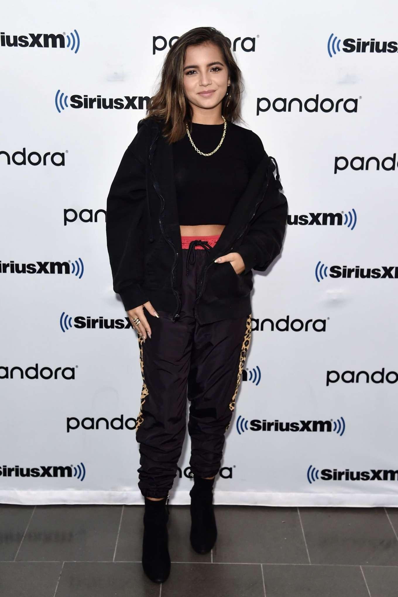 Isabela Moner 2019 : Isabela Moner – Visits SiriusXM Studios-03