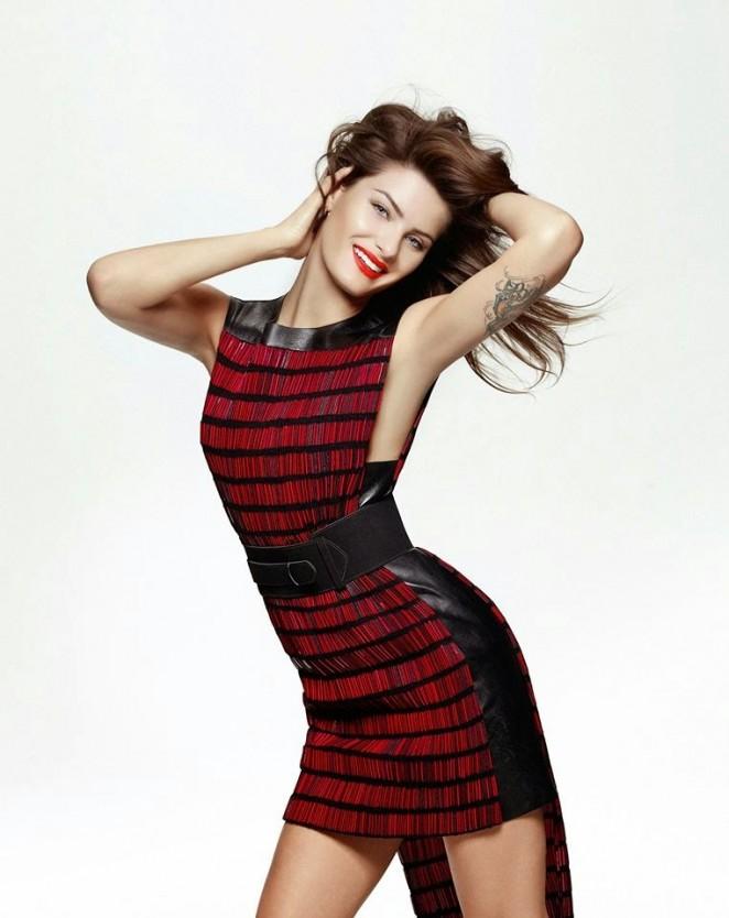 Isabeli Fontana - Elle Brazil Magazine (February 2015)
