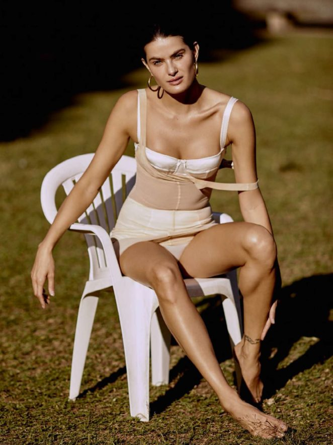 Isabeli Fontana - Vogue Brazil Magazine (October 2017)