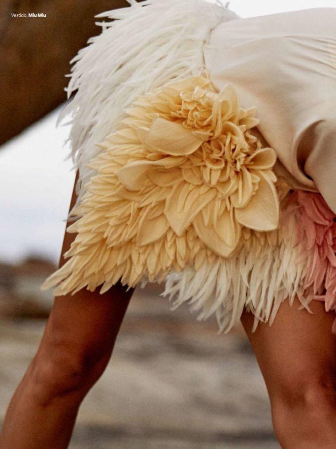 Isabeli Fontana 2017 : Isabeli Fontana: Vogue Brazil 2017 -22