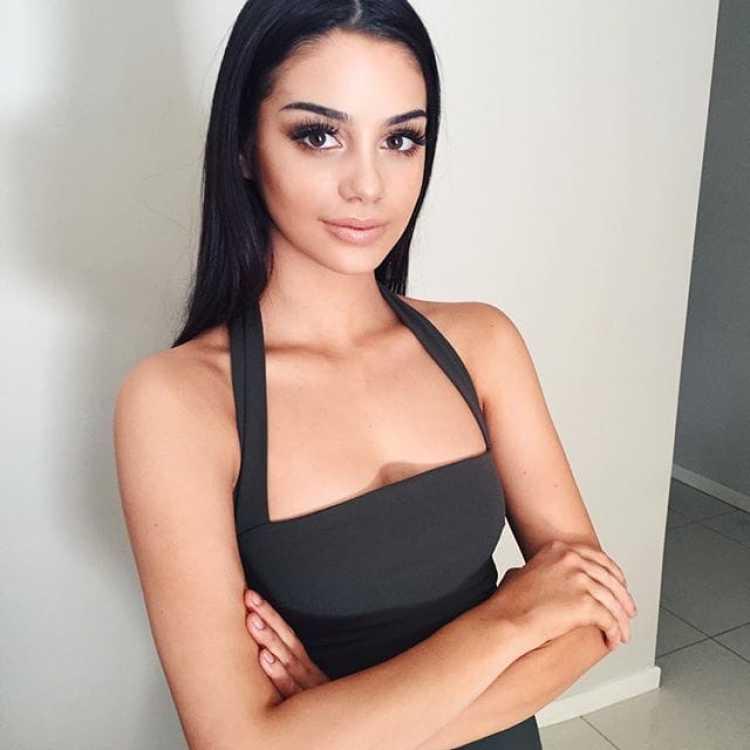 Isabella Fiori - Social media pics