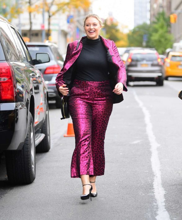 Iskra Lawrence - Arrives at the Glamour Women of the Year Summit in New York