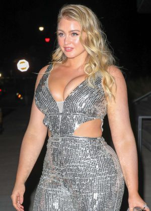 Iskra Lawrence - Arriving at 2018 Grammy's after party in New York City