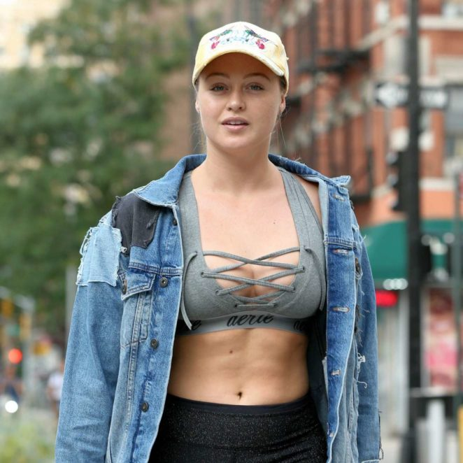 Iskra Lawrence - Hits the gym in Chelsea in New York City