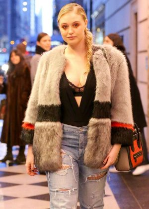 Iskra Lawrence in Jeans Leaves Plaza Hotel in New York