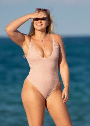 Iskra Lawrence in Pink Swimsuit on Miami Beach