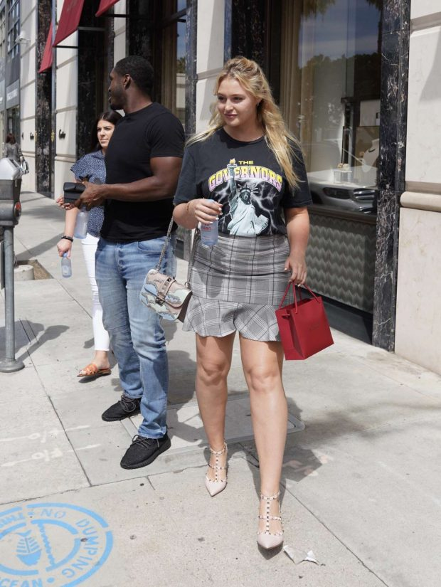 Iskra Lawrence - Leaves Cartier Store in Beverly Hills