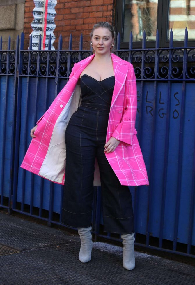 Iskra Lawrence 2019 : Iskra Lawrence: Out in Soho -04