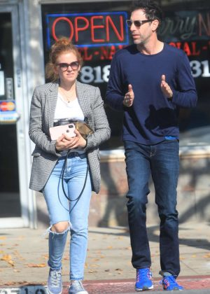 Isla Fisher and Sacha Cohen - Out for lunch in Los Angeles
