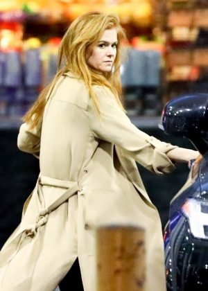 Isla Fisher at a gas station in Los Angeles