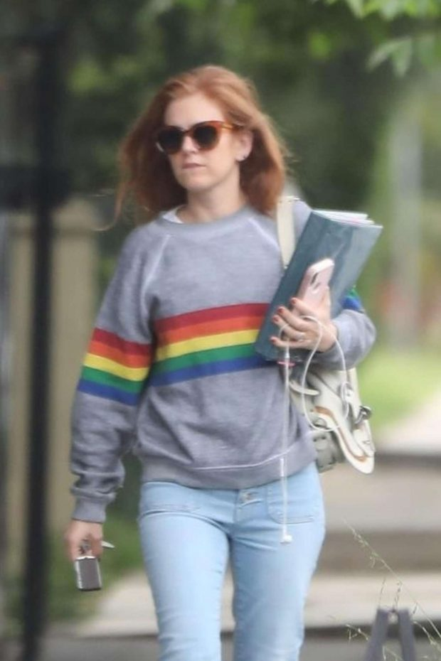 Isla Fisher - In Jeans Out in Los Angeles