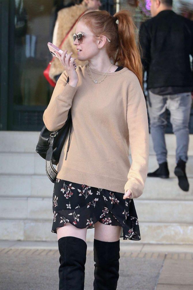 Isla Fisher in Mini Skirt at Barneys New York in Beverly Hills