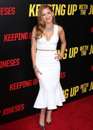 Isla Fisher - 'Keeping Up with the Joneses' Premiere in Los Angeles