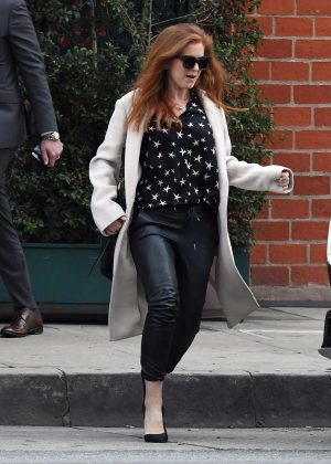 Isla Fisher - Leaving Mr Chow restaurant in Beverly Hills