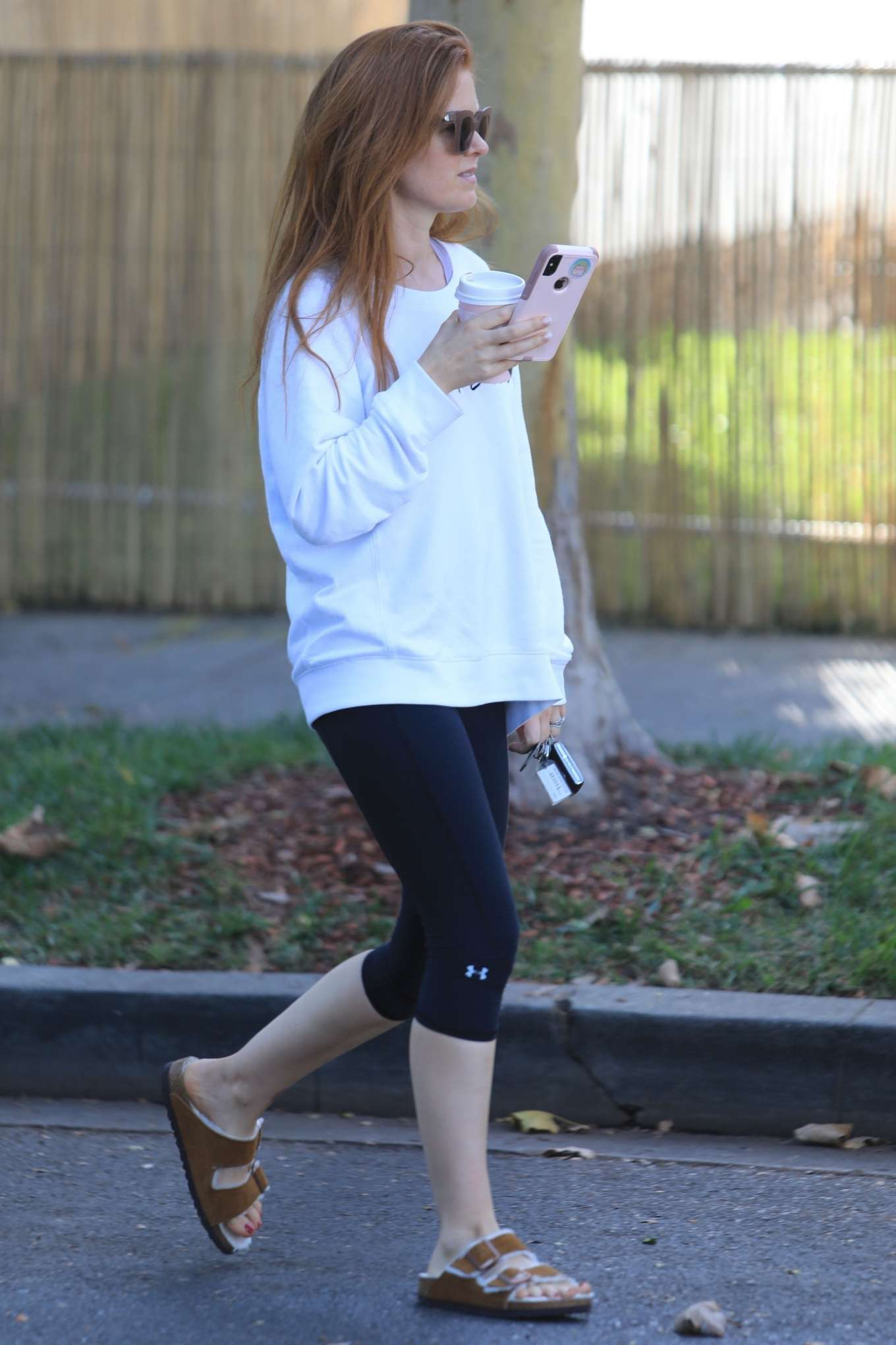 Isla Fisher 2019 : Isla Fisher – Out for a coffee on Melrose Place-16