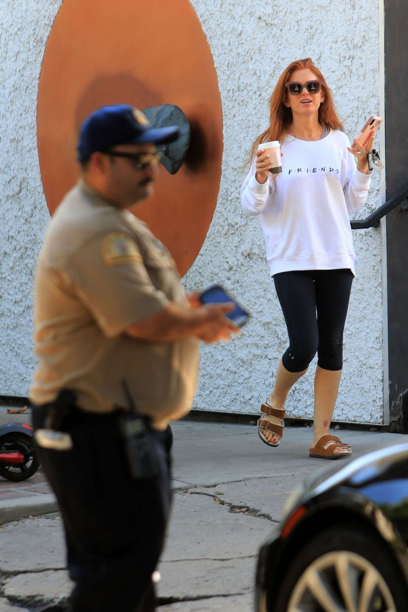 Isla Fisher 2019 : Isla Fisher – Out for a coffee on Melrose Place-19