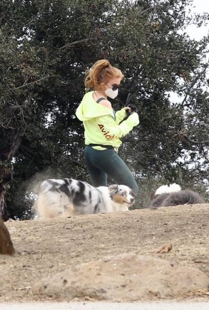 Isla Fisher - out for a hike in the Hollywood Hills