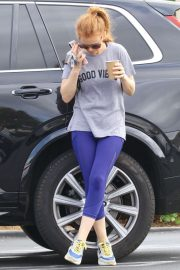 Isla Fisher - Out for Coffee in Los Angeles