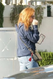 Isla Fisher - Out in Beverly Hills