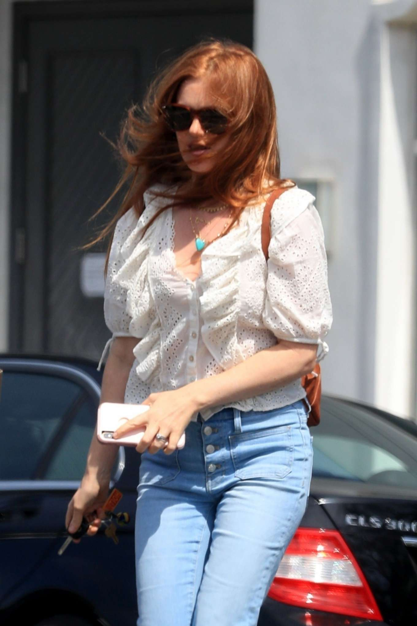 Isla Fisher 2018 : Isla Fisher: Out in Beverly Hills -02