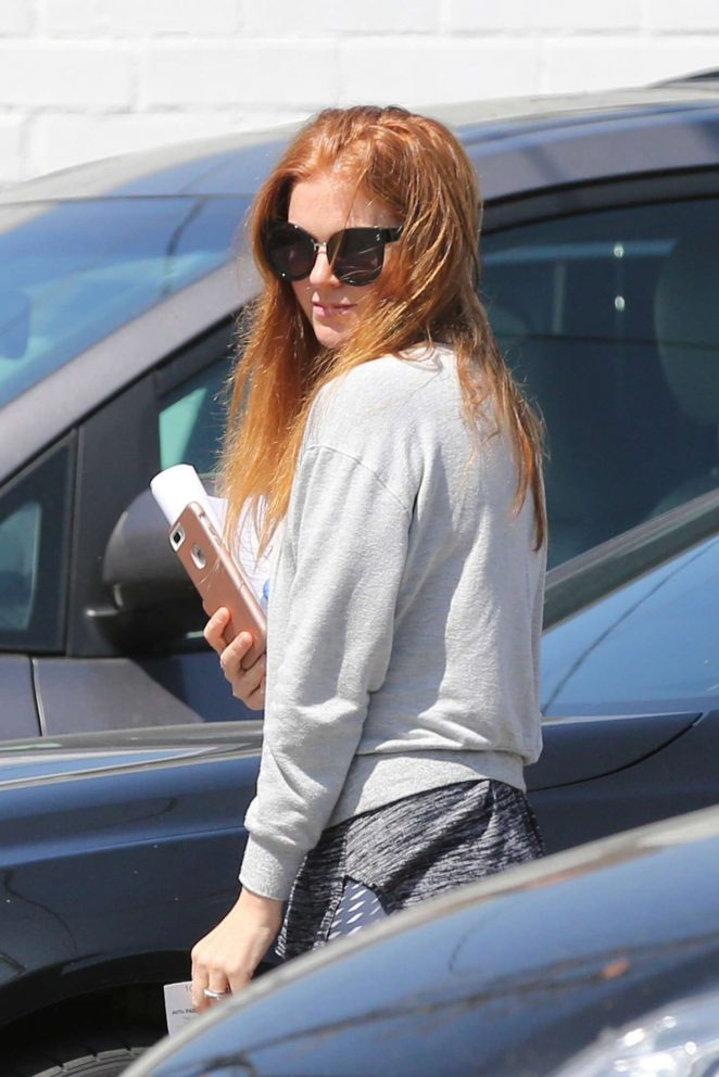 Isla Fisher visiting the hair salon in Los Angeles