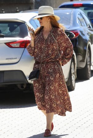 Isla Fisher - Wearing a floral summer dress in Sydney