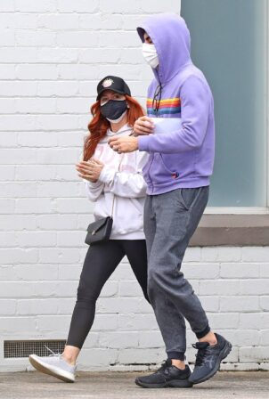Isla Fisher - With Sacha Baron Cohen visit a doctor in Sydney