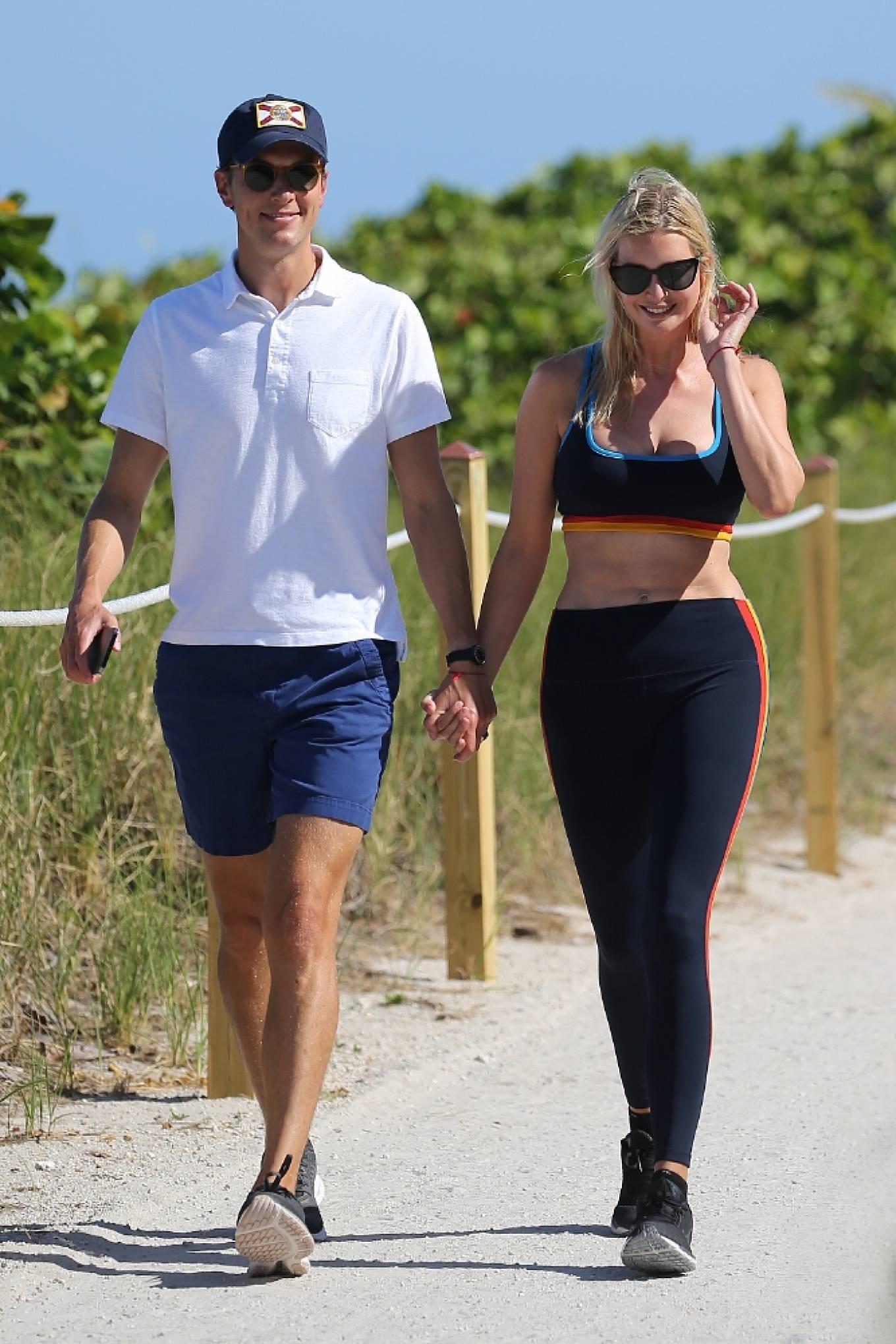 Ivanka Trump 2021 : Ivanka Trump – in a sports bra and leggings with husband Jared Kushner in Miami-18