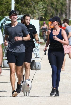 Ivanka Trump - Jogging candids on Miami Beach