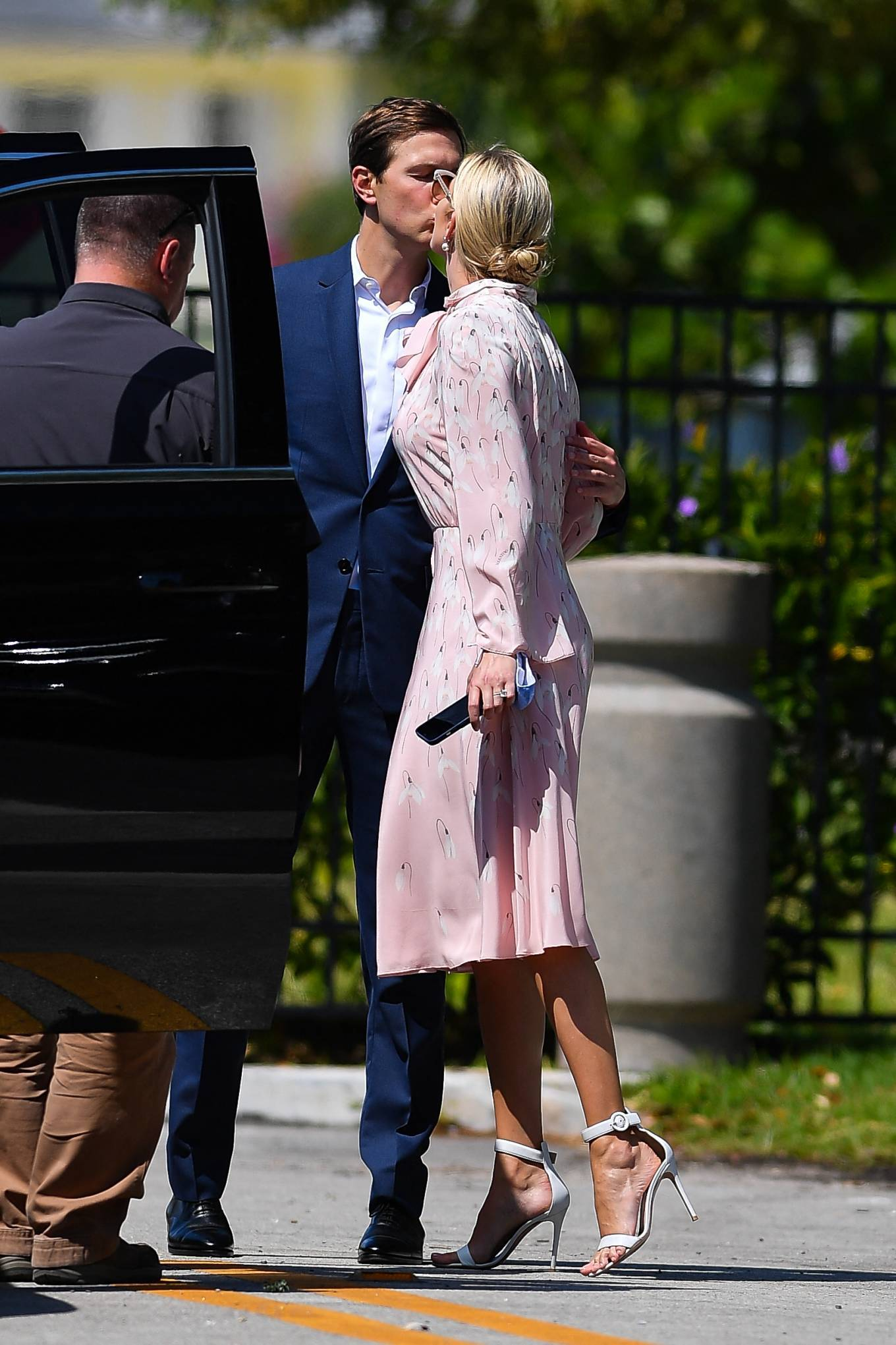 Ivanka Trump - With Jared Kushner share a kiss in Miami Beach