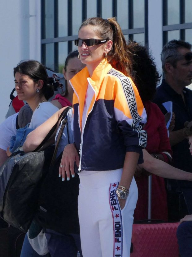 Izabel Goulart - Arrives at Crete Airport