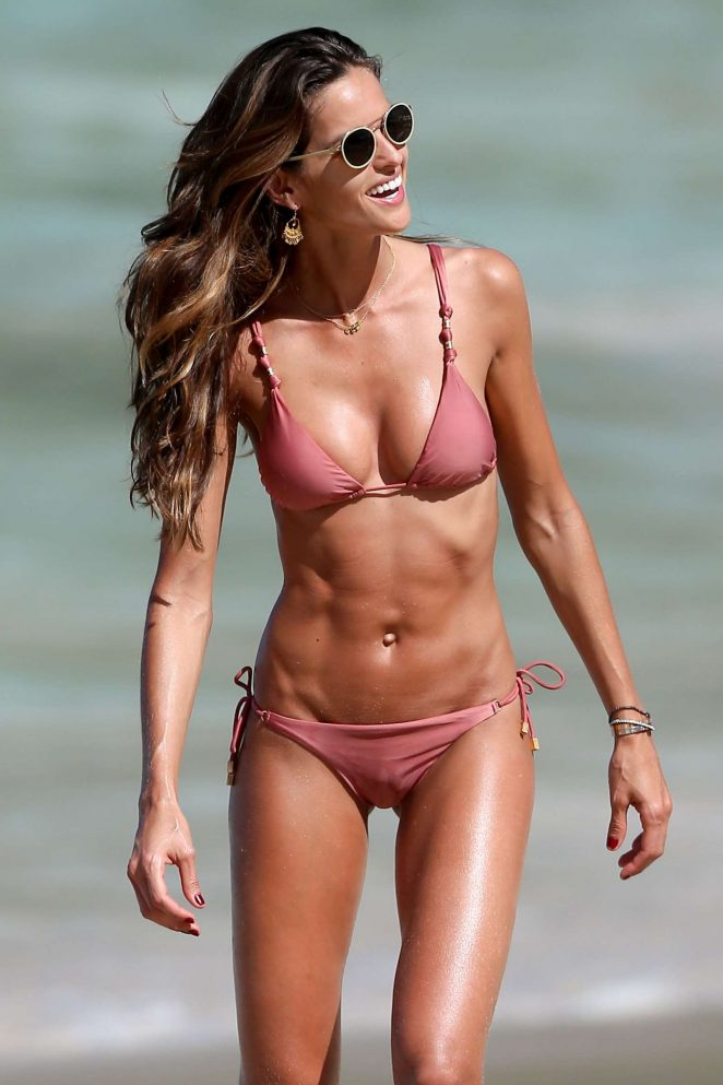 izabel goulart food