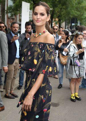 Izabel Goulart - Fendi Show SS 2017 at Milan Fashion Week in Italy