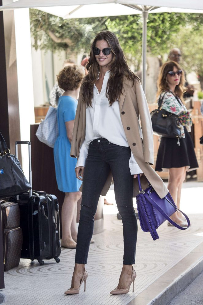 Izabel Goulart in Jeans Arrives at Martinez Hotel in Cannes