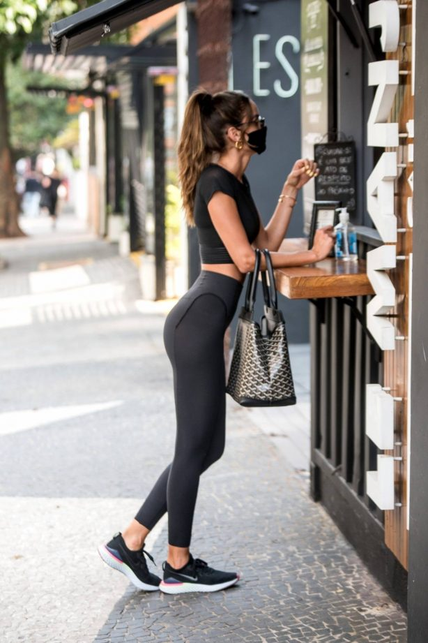 Izabel Goulart - Look sporty while out in Sao Paulo