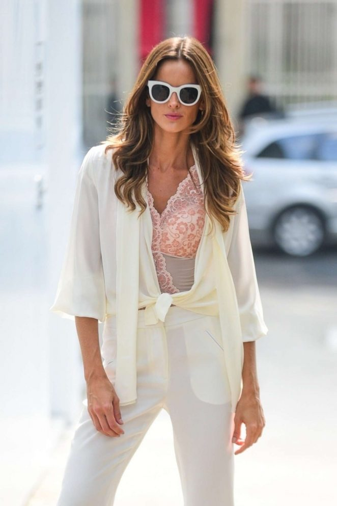 Izabel Goulart – On the set of a photoshoot in Sao Paulo
