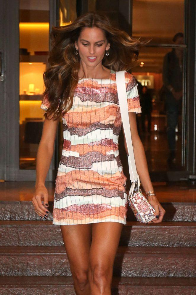 Izabel Goulart: Seen leaving hotel in Ipanema-06