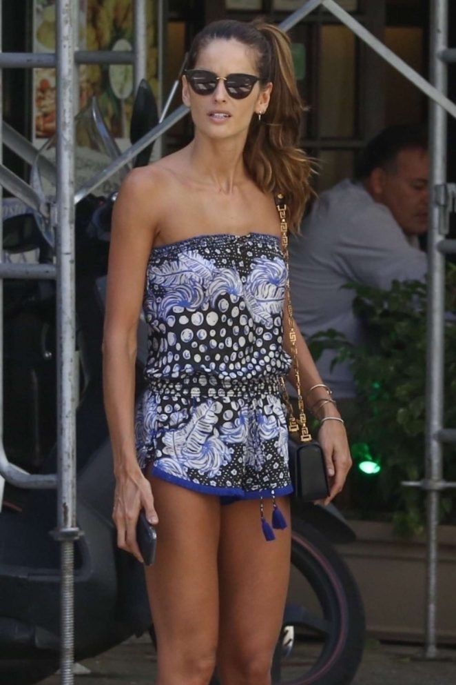 Izabel Goulart - Showing Legs in Rio de Janeiro