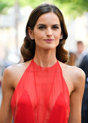 Izabel Goulart - Valentino Men Show S/S 2018 in Paris