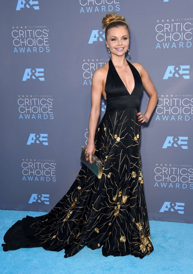 Izabella Miko - 2016 Critics' Choice Awards in Santa Monica