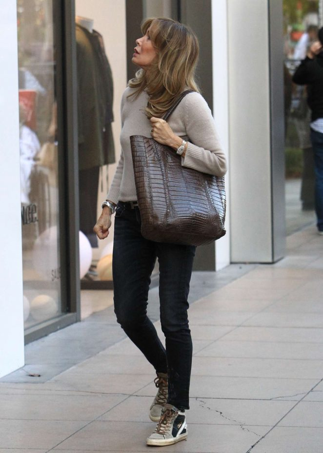 a6175b429d Jaclyn Smith  Holiday shopping at The Grove -02 – GotCeleb