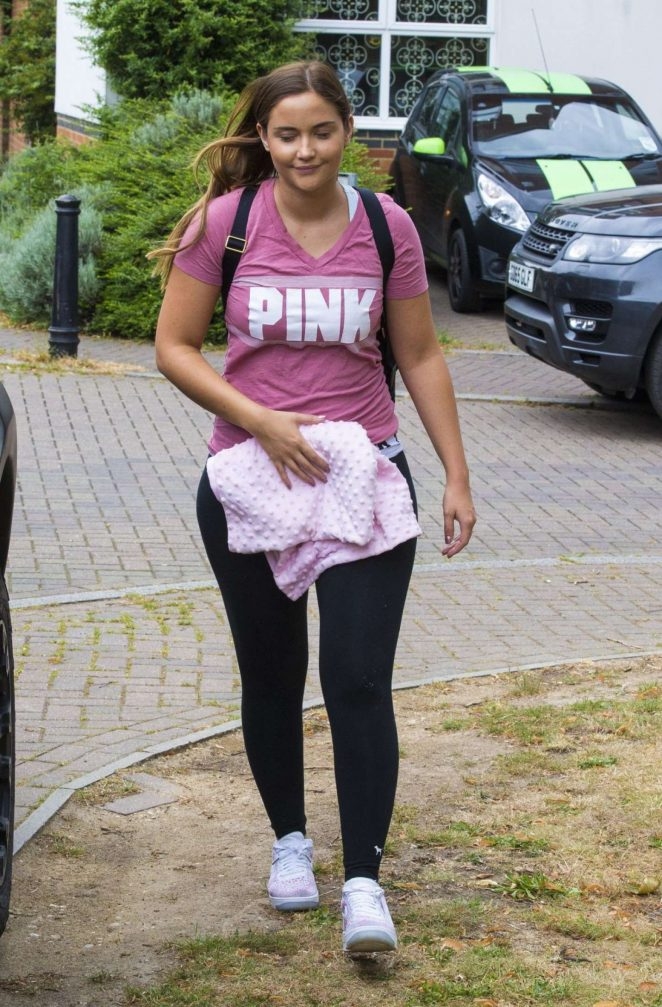 Jacqueline Jossa in Tights Leaves Her Home in London