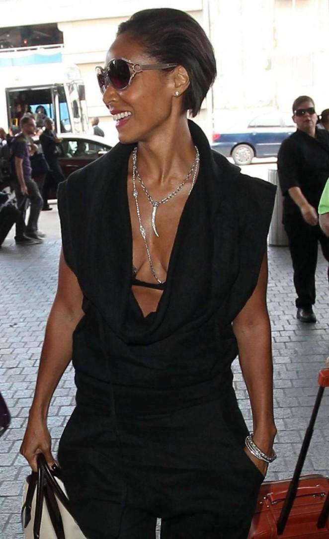 Jada Pinkett Smith - Arriving at Los Angeles International Airport