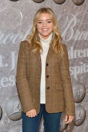 Jade Pettyjohn - Brooks Brothers Holiday Celebration honoring St. Jude in West Hollywood