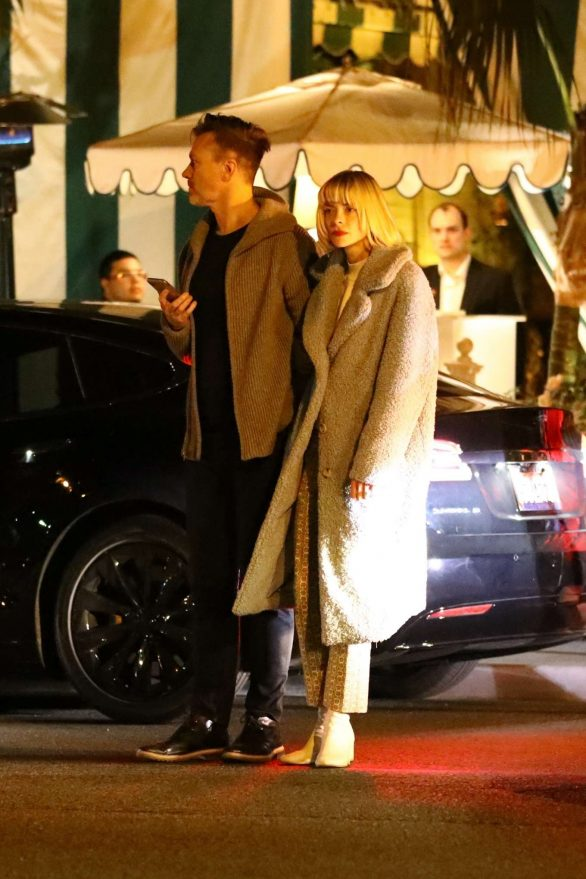 Jaime King and husband Kyle Newman - Exit dinner at San Vincent Bungalows in West Hollywood