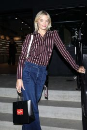 Jaime King at the Ray-Ban Grand Opening Event in Venice Beach