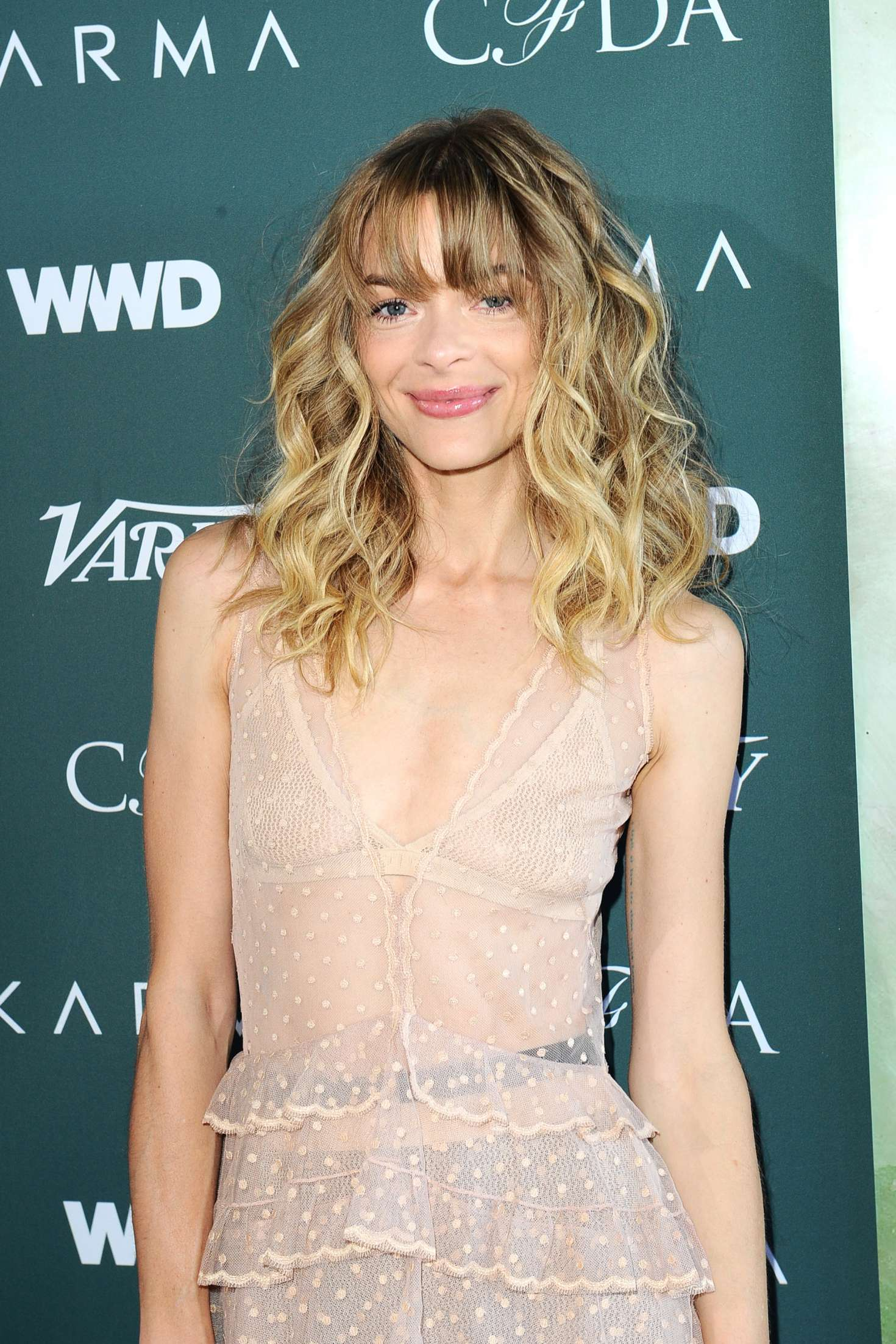 Jaime King Cfda Variety And Wwd Runway To Red Carpet In